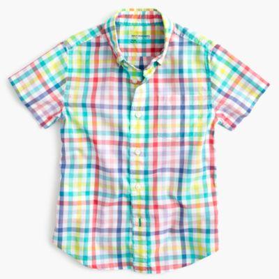 Kids' short-sleeve Secret Wash shirt in electric gingham