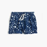 Girls' pull-on short in bleached heart print