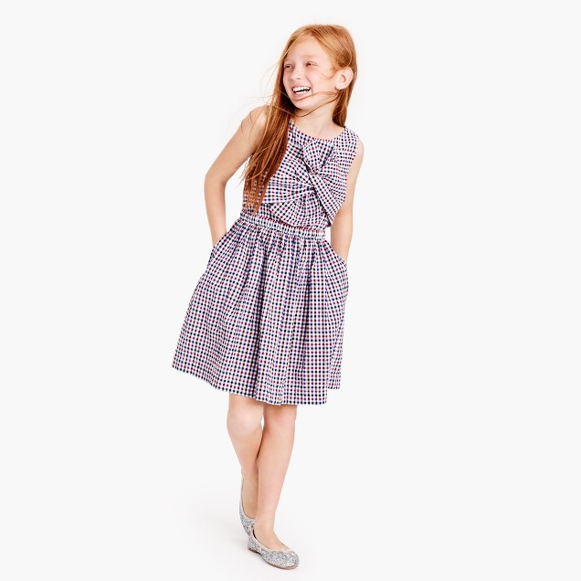Girls' tie-front dress in puckered gingham