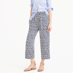 Cropped beach pant in abstract heart print
