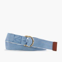 Woven belt in chevron print