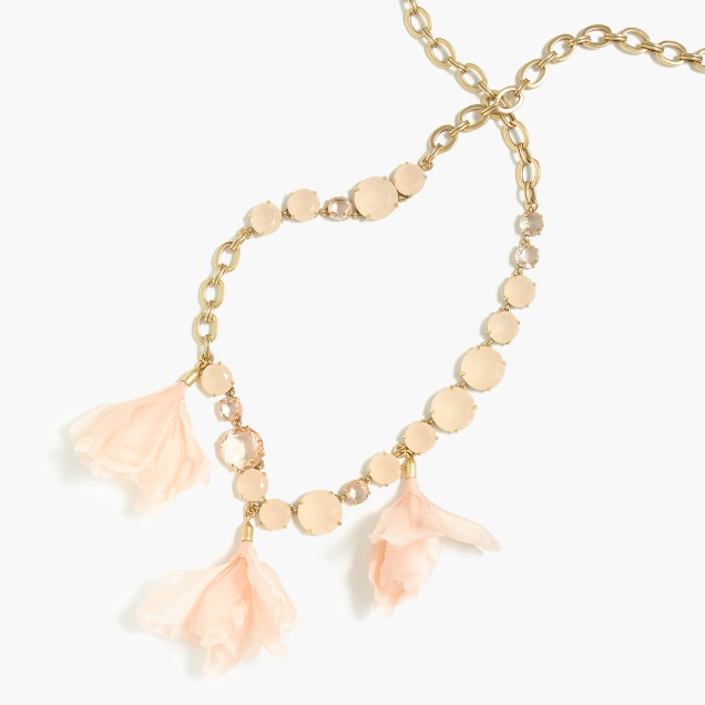 Soft petal-drop necklace
