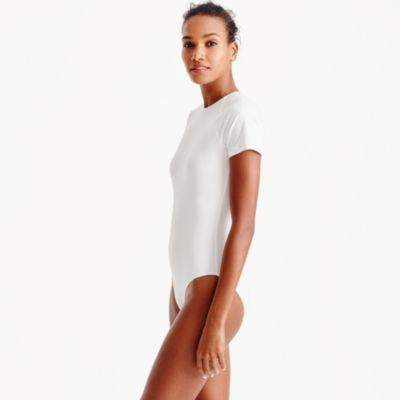 Open-back short-sleeve one-piece swimsuit