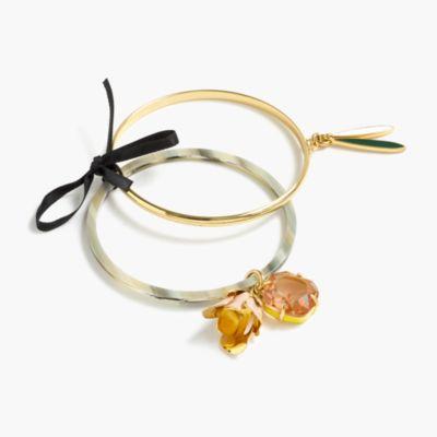 Flower charm bangle set