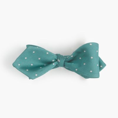 Silk bow tie in dot