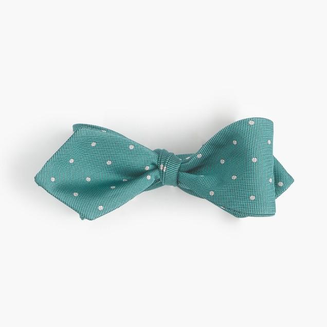 Silk bow tie in dot