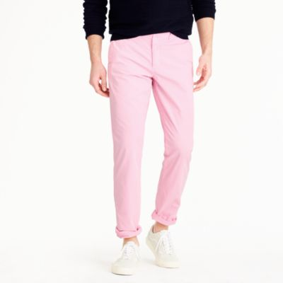 Lightweight garment-dyed chino pant in 770 straight fit
