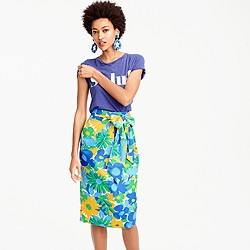 Petite tie-waist skirt in puckered morning floral