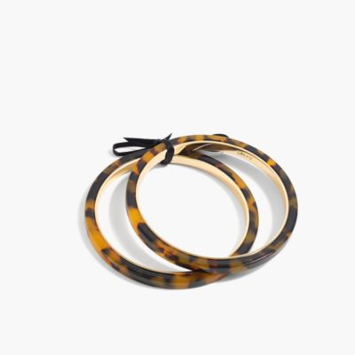 Thin resin bangle set