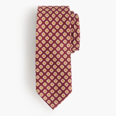 Drake's® silk tie in foulard print