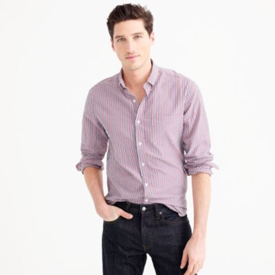 Slim seersucker shirt in fine stripe