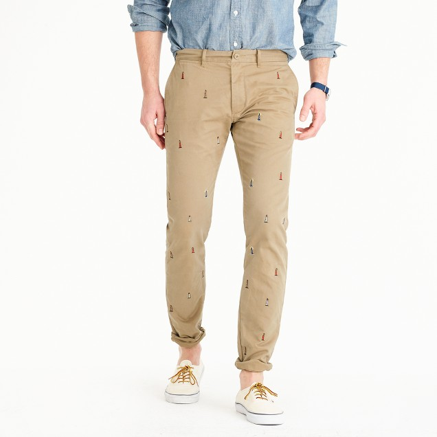 484 slim fit chino with embroidered lighthouses
