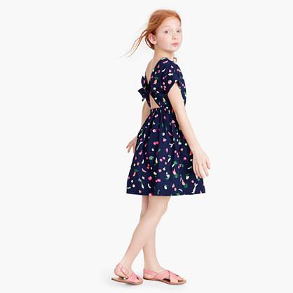 Girls' bow-back dress in eat-your-veggies print