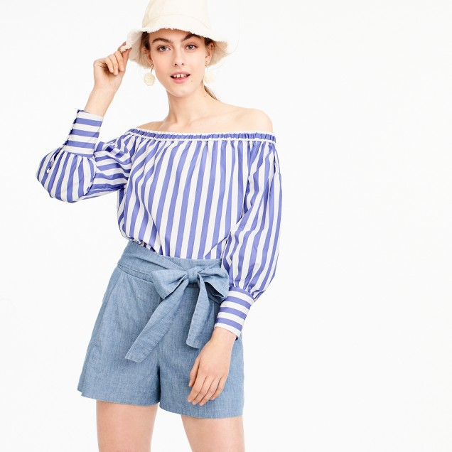 Tie-waist short in chambray