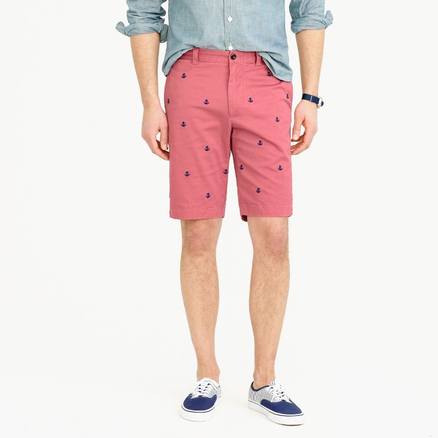 """10.5"""" stretch short with embroidered anchors"""