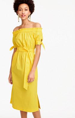Off-the-shoulder tie-waist dress