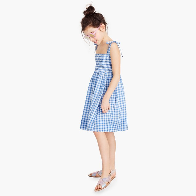 Girls' smocked shoulder-tie dress in gingham