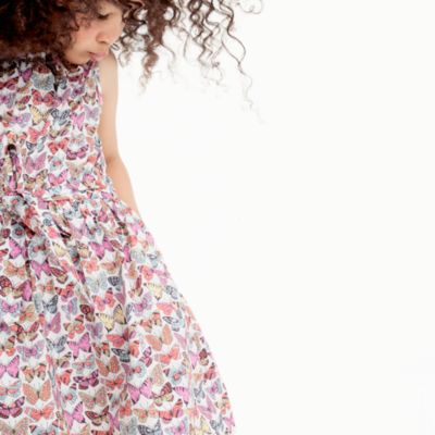 Girls' tie-waist dress in butterfly print