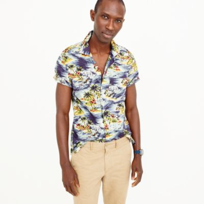 Short-sleeve camp-collar shirt in wave print