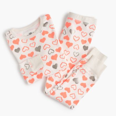 Kids' pajama set in hearts