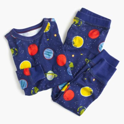 Kids' pajama set in glow-in-the-dark planets