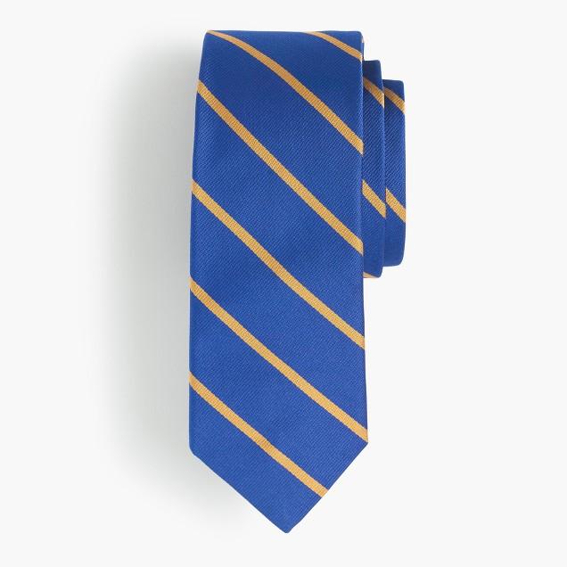 Silk tie in gold stripe