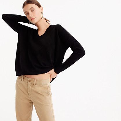 V-neck Boyfriend sweater in everyday cashmere