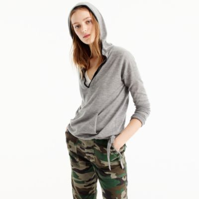 Tipped hoodie in Italian featherweight cashmere